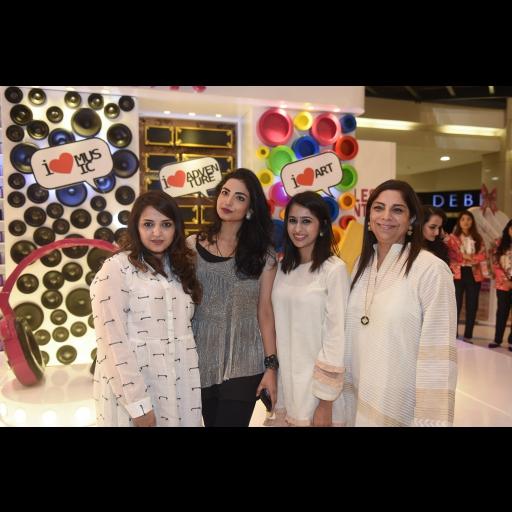 Asima Haq, Fatima, Rabia Aftab and Fareshteh Aslam