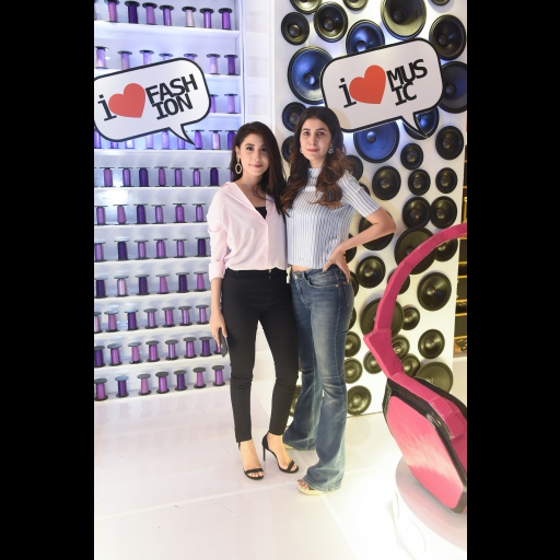 Hina Altaf and Areeba Habib