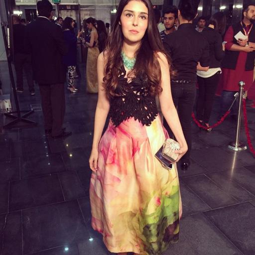 Amna Qilibash in Saira Shaikra