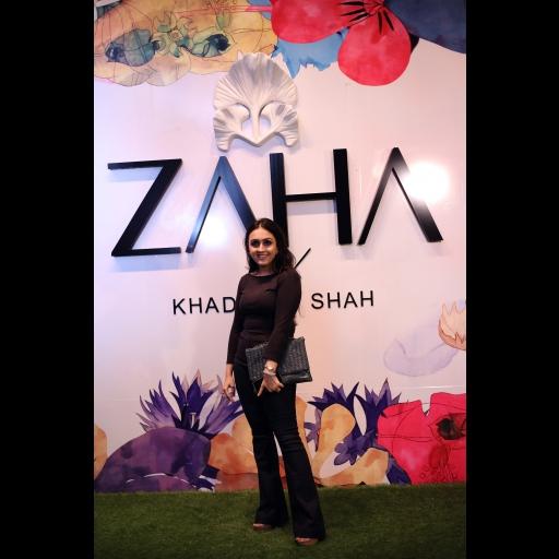 Muneeze Khalid