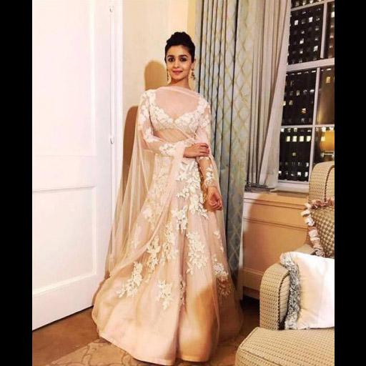 Alia Bhatt in Manish Malhotra