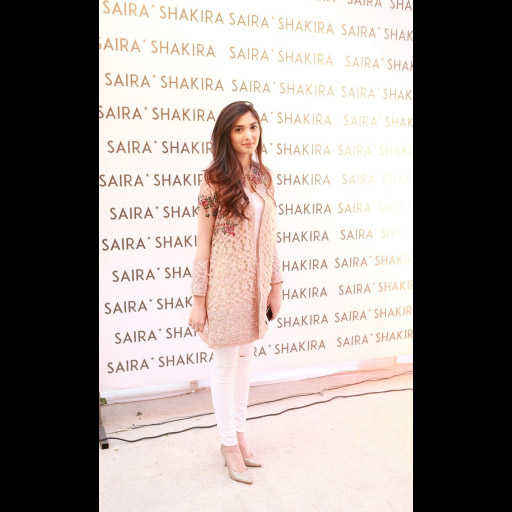 Aimen Khan wearing Saira Shakira