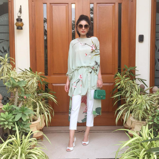 Shazah Ayub effortlessly chic this Eid in Sana Safinaz