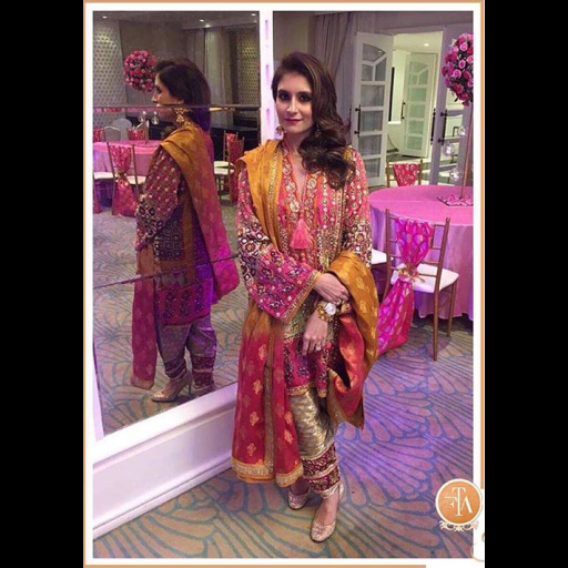 Nadiya Riaz in a picture perfect mehndi outfit.