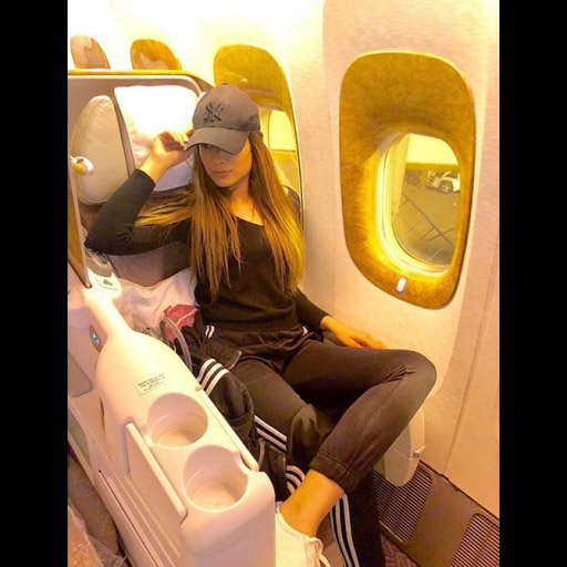 Alyzeh Gabol's airport style is always on point, wonder where this globe trotter is off to now?