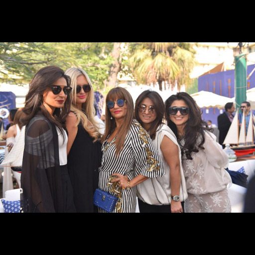 Aamna, Shaniera, Frieha, Mona and Saira