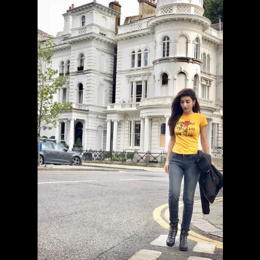 Nothing looks and feels better than a comfy pair of jeans, tshirt and boots- Urwa Hocane looks the part while vacationing in London!