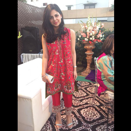 Uzma Ahmad of Image Fabrics looking lovely in Shamsha Hashwani