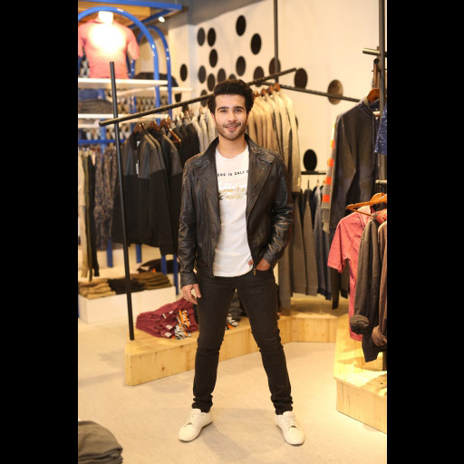 Feroze Khan at ONE Store launch
