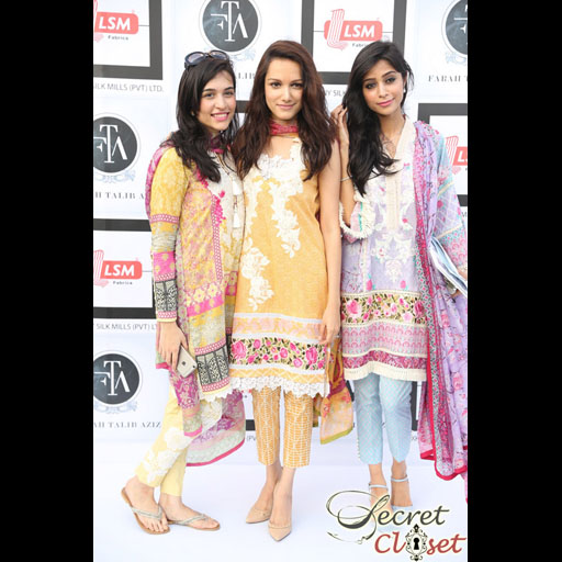 Sana Ansari, Meera Ansari, Muzi Sufi