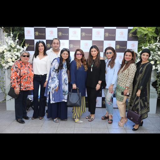 Cheena Chapra, Mul, Aamir, Kiran, Sumera, Shazia, Nazneen, Mona and Rushna