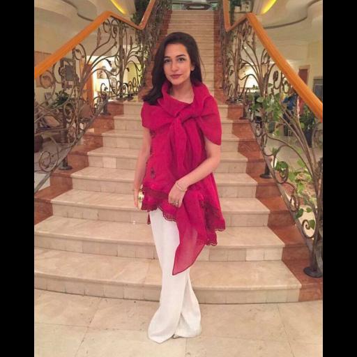 Sana Ansari in Farah Talib Aziz