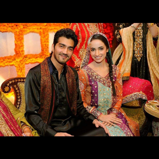 Hina Mir in a colourful gotta work angarkha on her mehndi with hubby Shehzad Shaikh