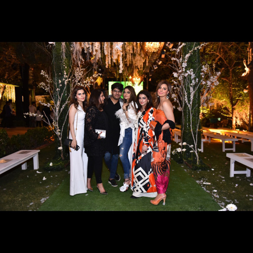Shehla Chatoor with Tabesh Khoja and Amber Liaquat and Rabiya Mogheez
