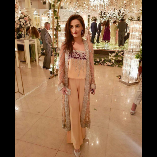Momal Sheikh puts her best foot forward in a contemporary look from the designers latest range
