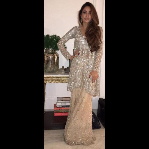 Alisha dripping glamour in Mina Hasan
