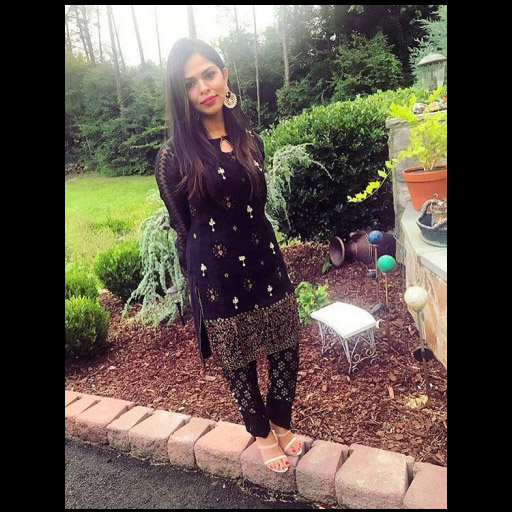Asiya Looks Lovely in Phatyma Khan on Eid