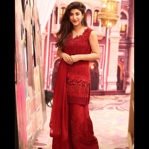Urwa Hocane turning heads in this exquisite Swarovski Crystals Embellished Outfit from Zainab Chottani