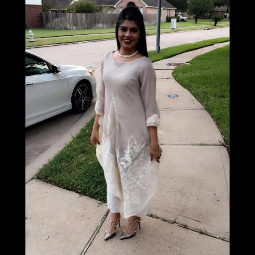 Rimsha Strikes a Pose in a Pretty Zohra Alam Ensemble on Eid