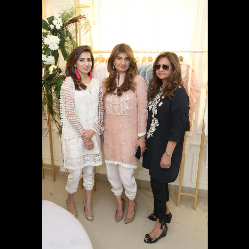 Somaya Adnan, Ayesha Sohail, Gulnar Ellahi