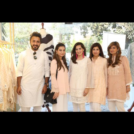 Amjad Bhatti, Sofia Khan, Somaya Adnan, Amina Rehman, Ayesha Sohail