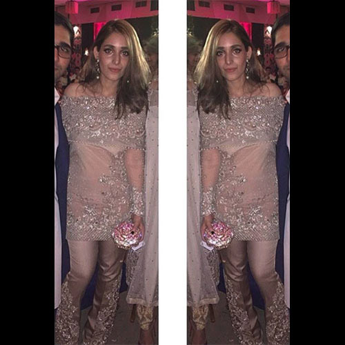 Sasha Barkat looking fabulous  in Elan