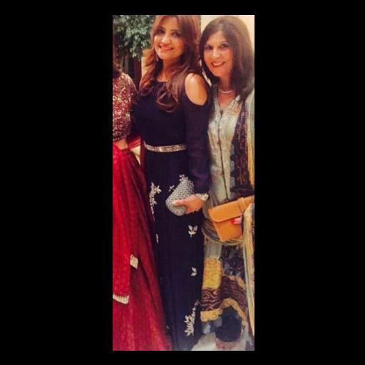 Meena Fayyaz in Momina Teli
