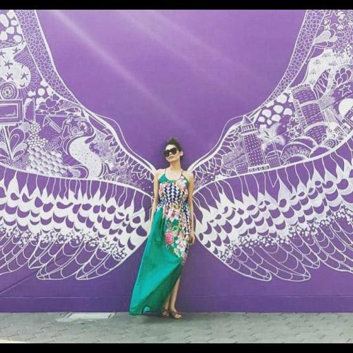 Amna Babar in Sana Safinaz