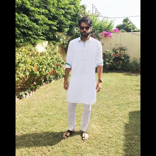 Sapphire Man Adnan Malik keeping it cool this Eid in Sapphire Pakistan