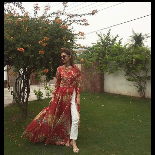 Mehak Saeed pretty as ever strikes a pose in Fahad Hussayn on Eid