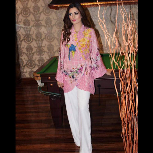 Maleeha Salman looks gorgeous in Farida Hasan on Eid