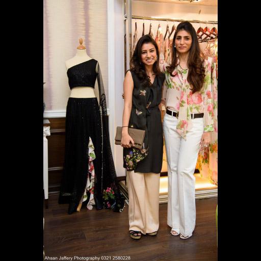 Zainab and her mother Aliya in Layla Chatoor