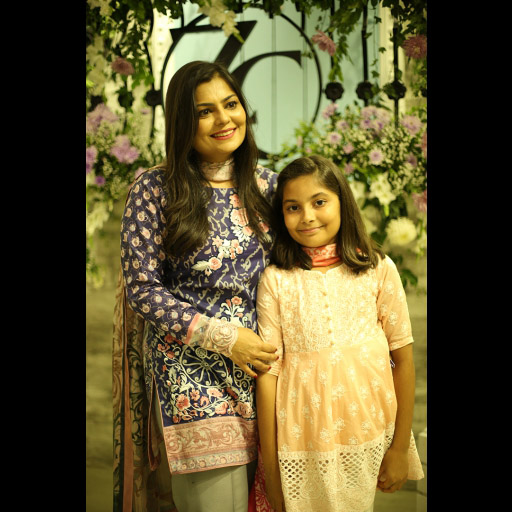 Zainab with her daughter