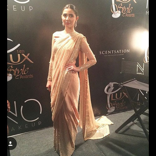 Mahira Khan in a one of a kind Feeha Jamshed Sequin Pearl Sari