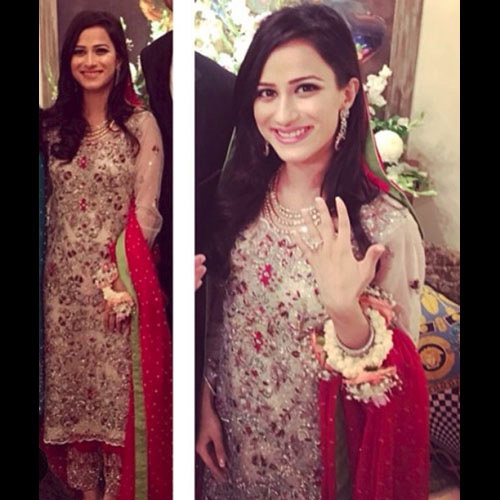 Maneshah Kassim looking ravishing in Shamsha Hashwani at her engagement