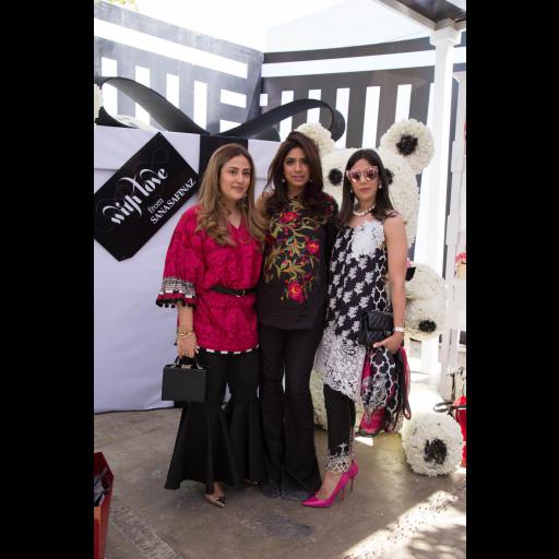 Alizeh Pasha, Sana Hafeez, Salina Taqi