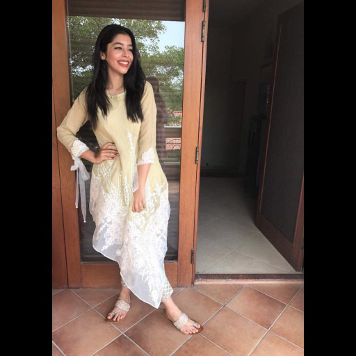 Saba Haleem looks effortlessly chic in an assymetrical Zohra Alam ensemble