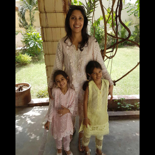 Kulsoom, Emaan and Inaara Hashwani spotted looking super cute in NazliAkbar