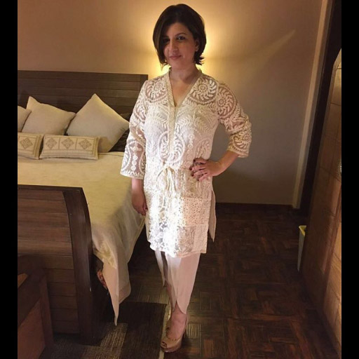Ayesha khan stuns in FaridaHasan on Eid