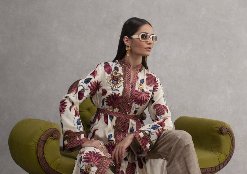 Style Notes!: Safavid by Shamaeel Ansari Celebrates Persian Art!
