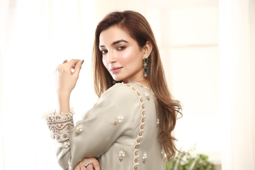 Style Notes: 8 Ensembles By Iqbal Hussain That Will Have You Winter Wedding Ready!